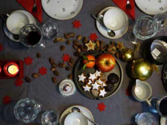 mokowo-carousel-weihnachten-tisch