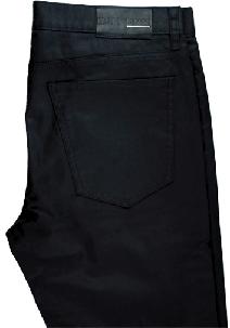 Modeblog für Männer-mokowo-schwarze hose