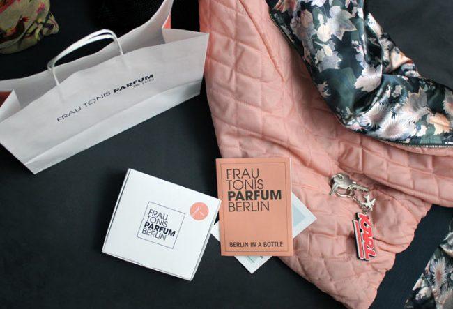 Bild mit Duftbox Gewinnspiel, Verlosung - Parfum Box von Frau Fonis Parfum Berlin Werkstatt