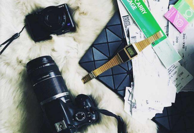 instagram tipps bild mit kamera goldene casio uhr und tasche - lifestyleblog mokowo blog
