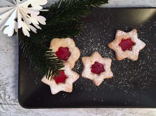 Butterplätzchen Weihnachten einfaches Rezept - Bild Teller mit Plätzchen
