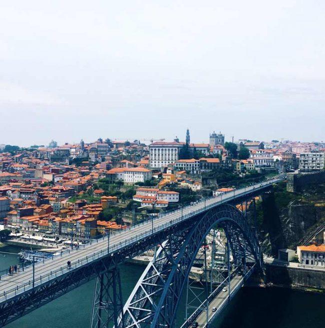 reisebericht porto - brücke in porto - Lifestyleblog aus berlin mokowo