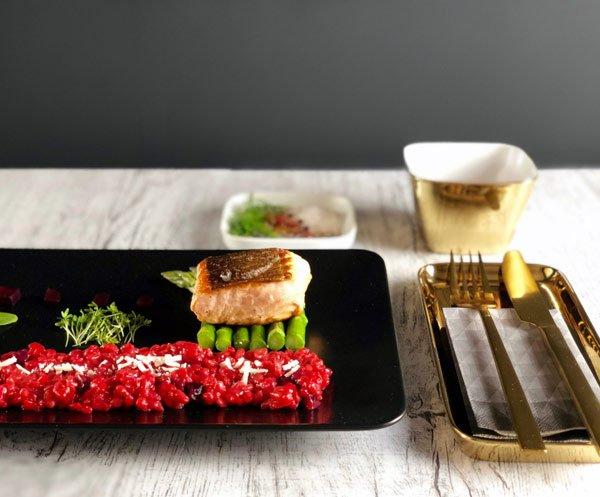 angerichteten Teller Färöer Lachs mit rote bete risotto kochblog