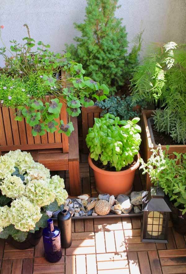 Holz Bodenbelag - Holzfliesen für den Balkon Blogbeitrag